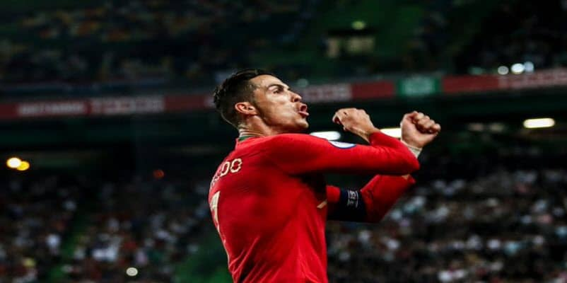 ملخص وأهداف فوز أوكرانيا 2-1 علي البرتغال في تصفيات يورو 2020