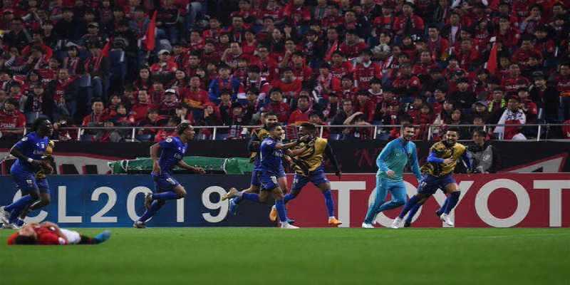 الهلال السعودي بطلًا لدوري أبطال آسيا ويواجه الترجي التونسي في كأس العالم للأندية