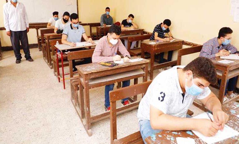 جدول امتحانات الصف الثاني الثانوي 2021 الجديد بالمحافظات