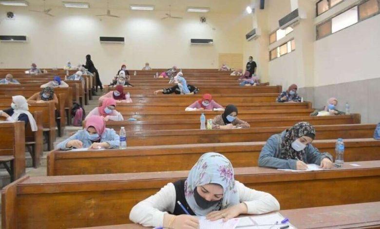 وزارة التعليم العالي.. حقيقة عقد اجتماع طارئ لمناقشة تأجيل امتحانات الجامعات